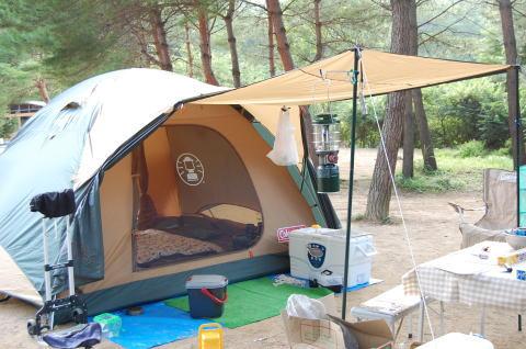 キャンプ(山)