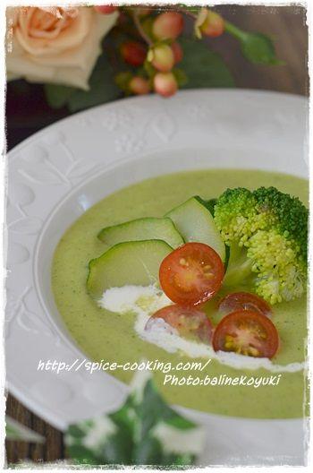 ズッキーニとブロッコリーのスープ4