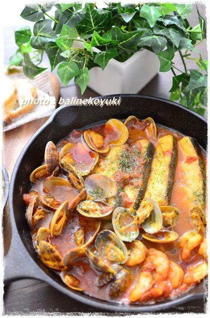 タラと魚介のトマトスパイス煮1