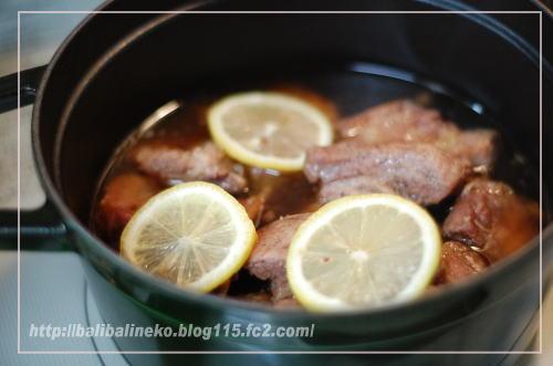 スペアリブのスパイス煮