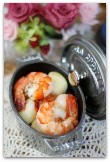 楽しいキッチン-エビのオイル煮