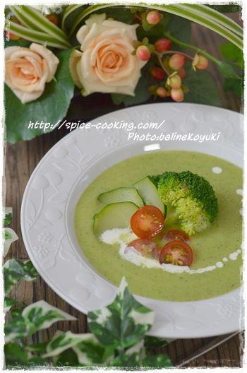 ズッキーニとブロッコリーのスープ2