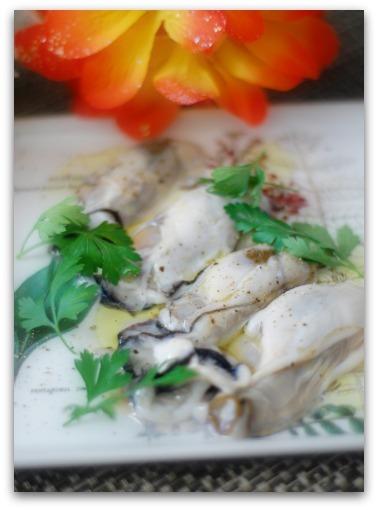 楽しいキッチン-牡蠣のレモンオリーブオイルかけ