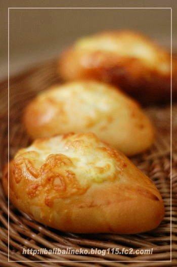 マヨチーズパン