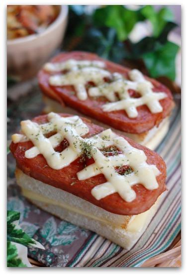 楽しいキッチン-スパムパンむすび