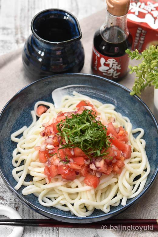 夏の簡単ランチ|ぶっかけトマト醤油の冷やしうどん