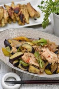 サラダチキンと夏野菜の炒め和え