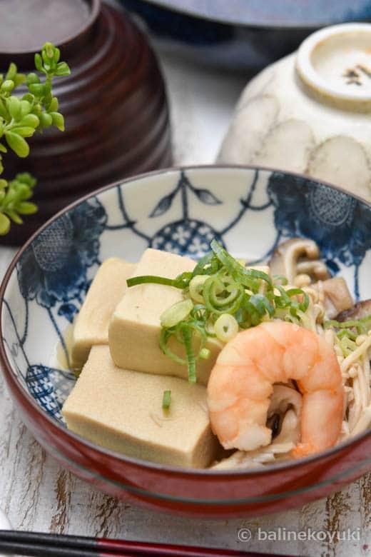 高野豆腐とエビの煮物