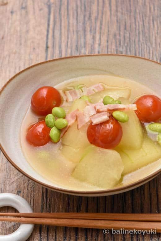 冬瓜とベーコンとトマトのだし煮
