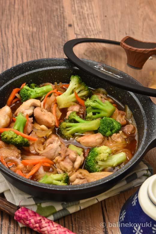 鶏もも肉と彩り野菜の甘辛煮