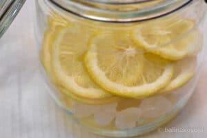 レモンを乗せる