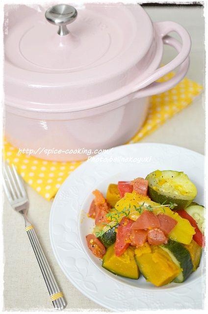 【バーミキュラ】彩り野菜の蒸し煮de2度美味しい彩り野菜スープ♪