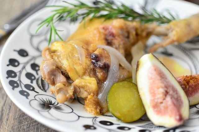 【バーミキュラ・レシピ】鶏の骨付きもも肉の夏野菜のイチジク煮